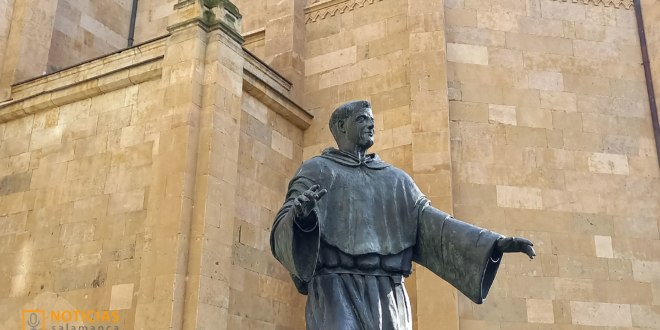 Escultura San Juan de Sahagun