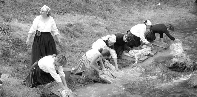 Lavar lana Río de Macotera