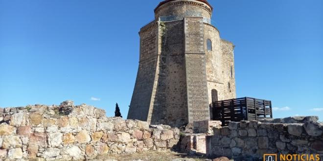 Alba de Tormes - Castillo-Palacio de Duques de Alba