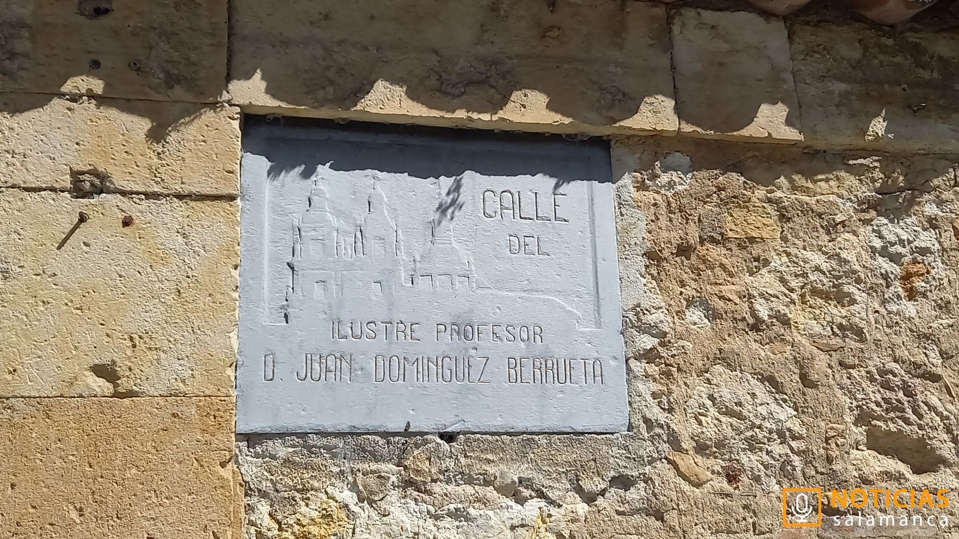 Calle Juan Dominguez Berrueta