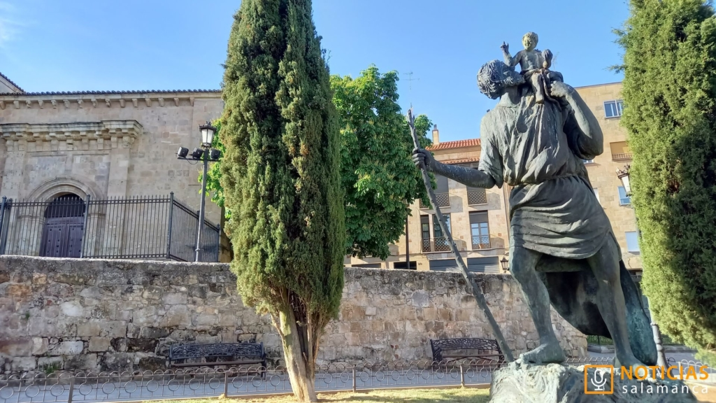 Escultura de San Cristobal