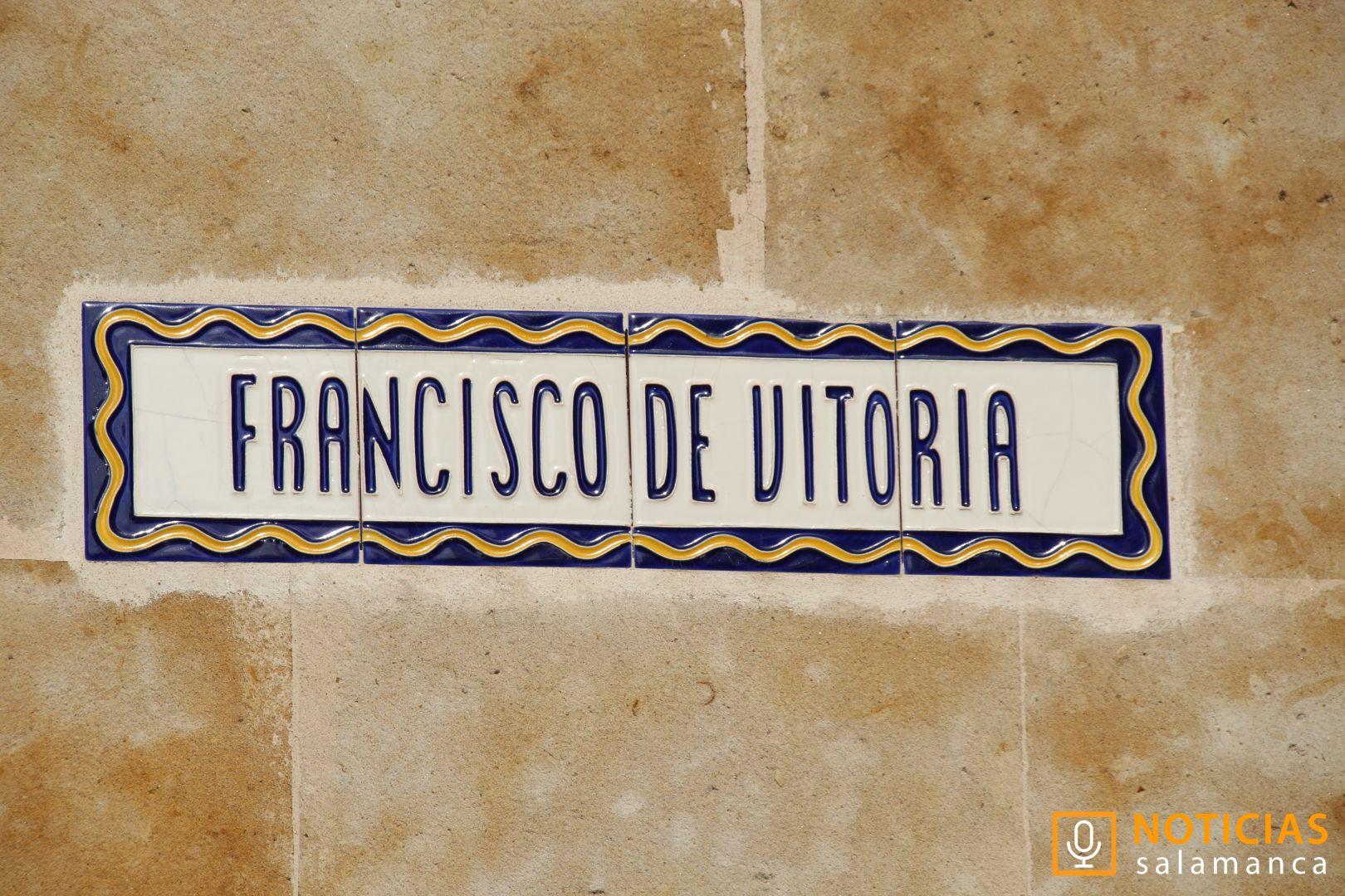 Calle Francisco de Vitoria