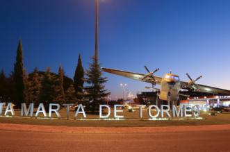 Avión T12